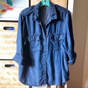 🇺🇸 Bella Dahl Dark Blue Chambray Button Up